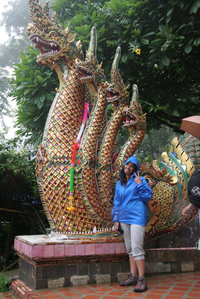 Io sotto la pioggia a Chang Mai, Thailandia.